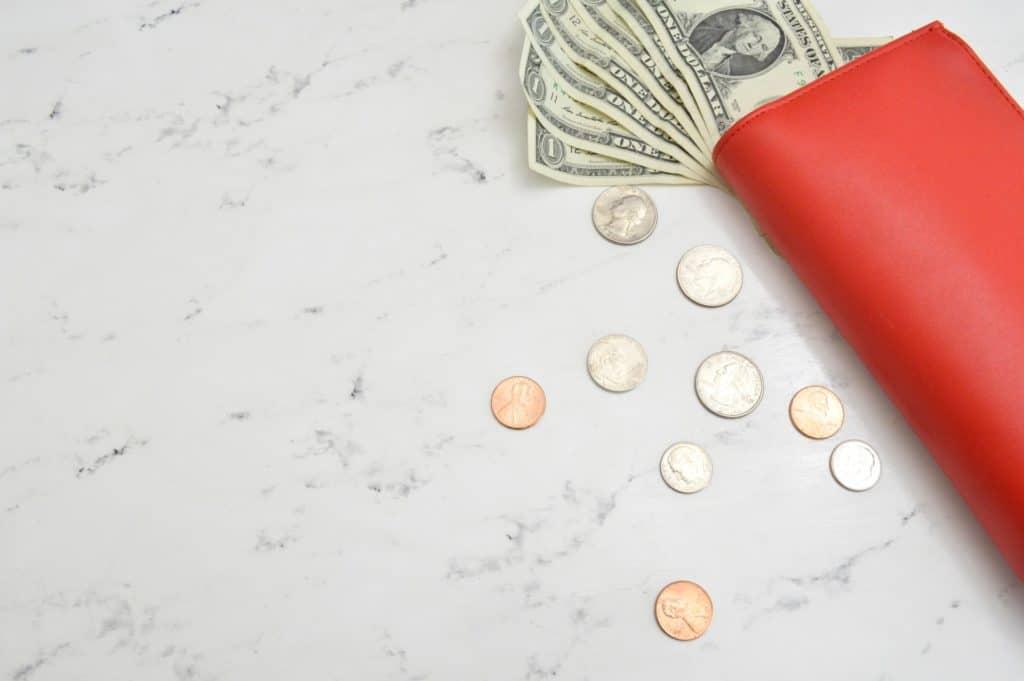 portfel z pieniędzmi pożyczka