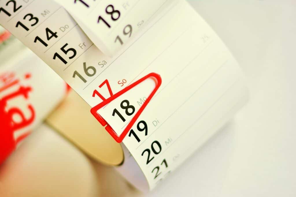 kalendarz z zaznaczoną konkretną datą